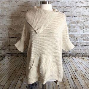 Ann Taylor LOFT Wool Blend Poncho Top Size M Cream